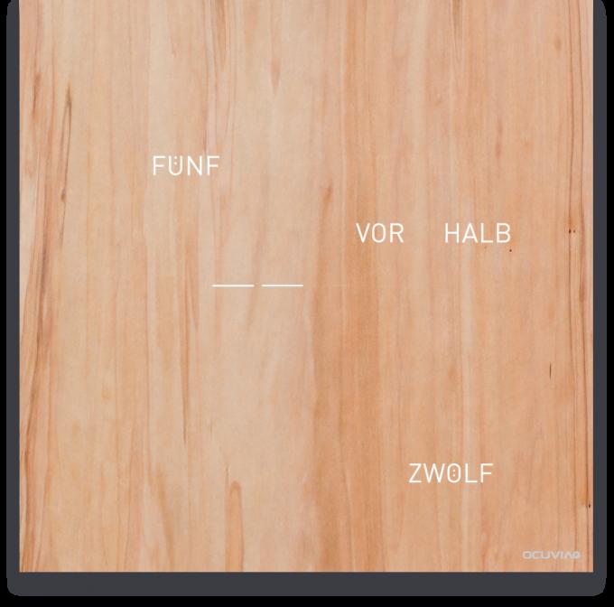 OCUVIA® · Wortuhr Lisa · Redgum Holzoptik · Wortuhren-Manufaktur Berlin